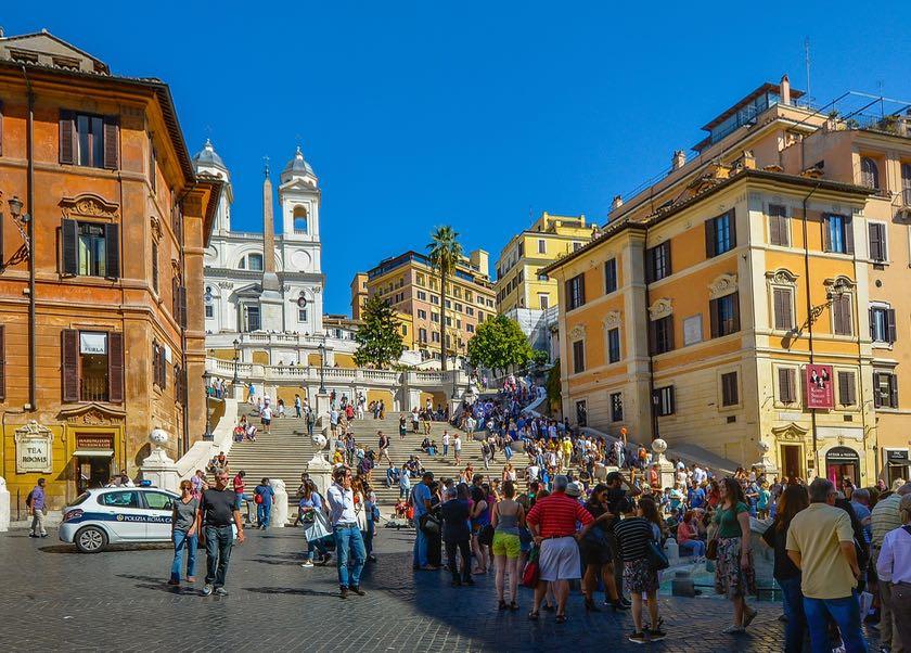 Bei Taschendieben sehr beliebt: die Spanische Treppe in Rom.