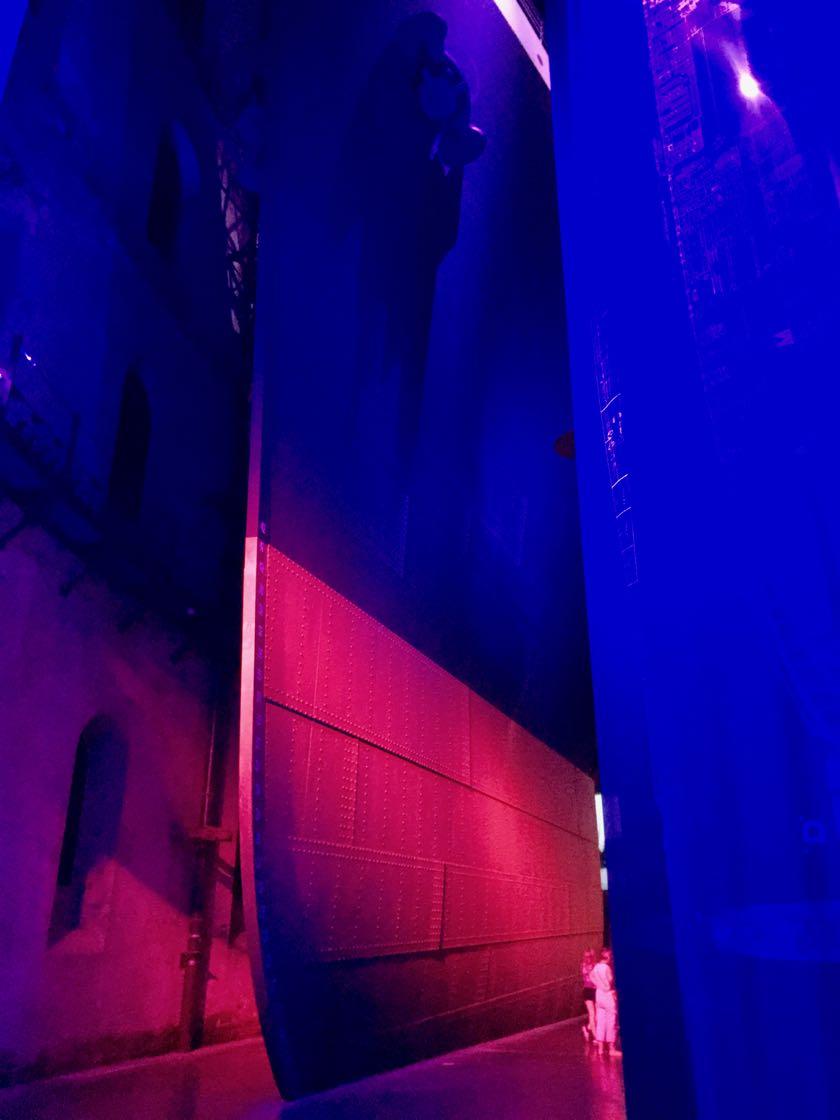 Eine Wow-Installation: der Bug der Titanik im Maßstab 1:1.