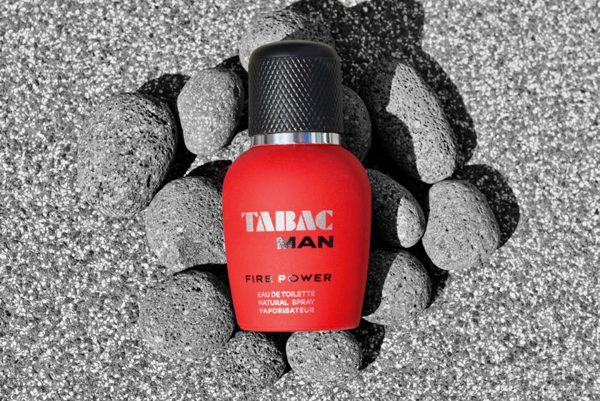 Tabac Man Fire Power: das Eau De Toilette Natural Spray auf Lavastein.