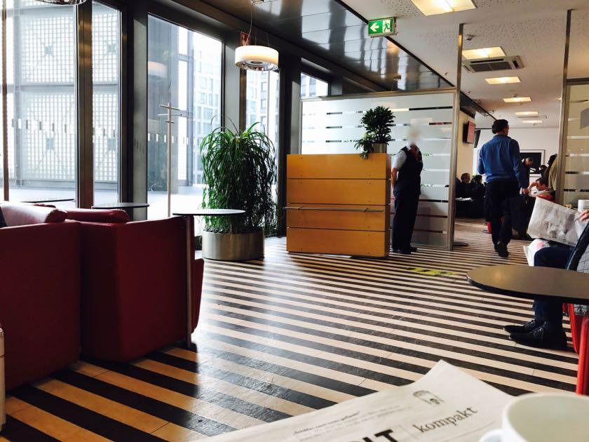 Zugang zum 1. Klasse Bereich in der DB Lounge.