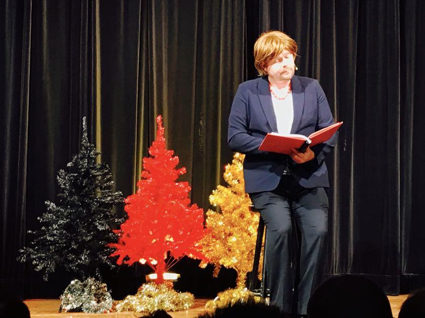 Halleluja, Angela: Frowin als Merkel